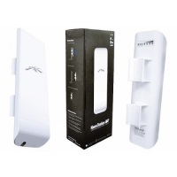 UBUQUITI UBNTNSM2 UBNT NANOSTATION M2 2.4GHz Indoor/Outdoor airMax 11dBi CPE 150Mbps+ 13km Access Point