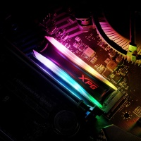 ADATA XPG AS40G-512GT-C 512GB RGB 3500/3000 RGB M.2 SSD HARDDİSK